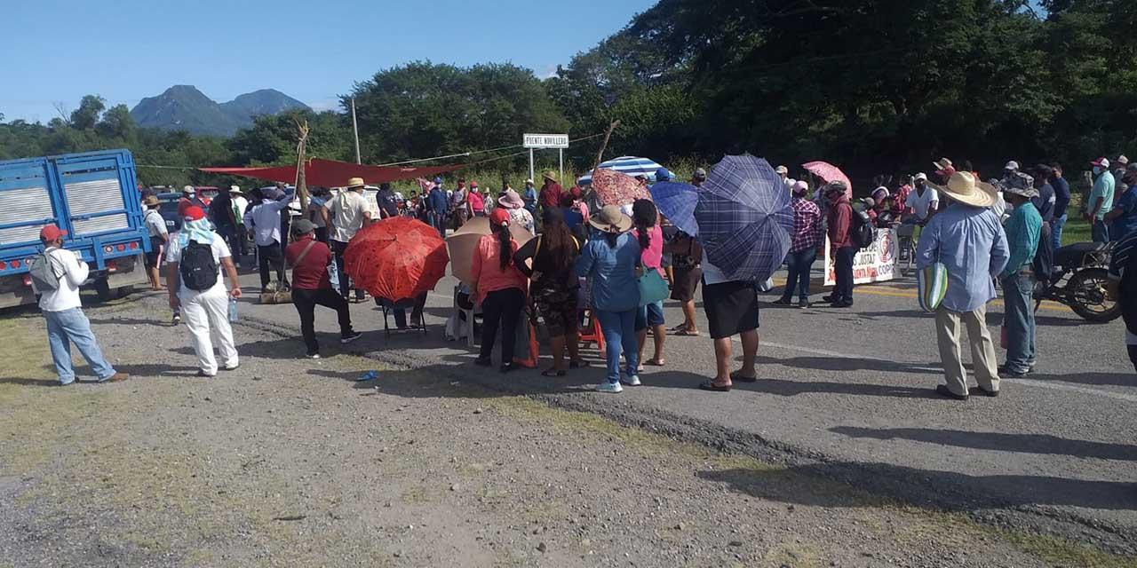 Se manifiestan contra CFE  en zona Oriente del Istmo   El Imparcial de Oaxaca