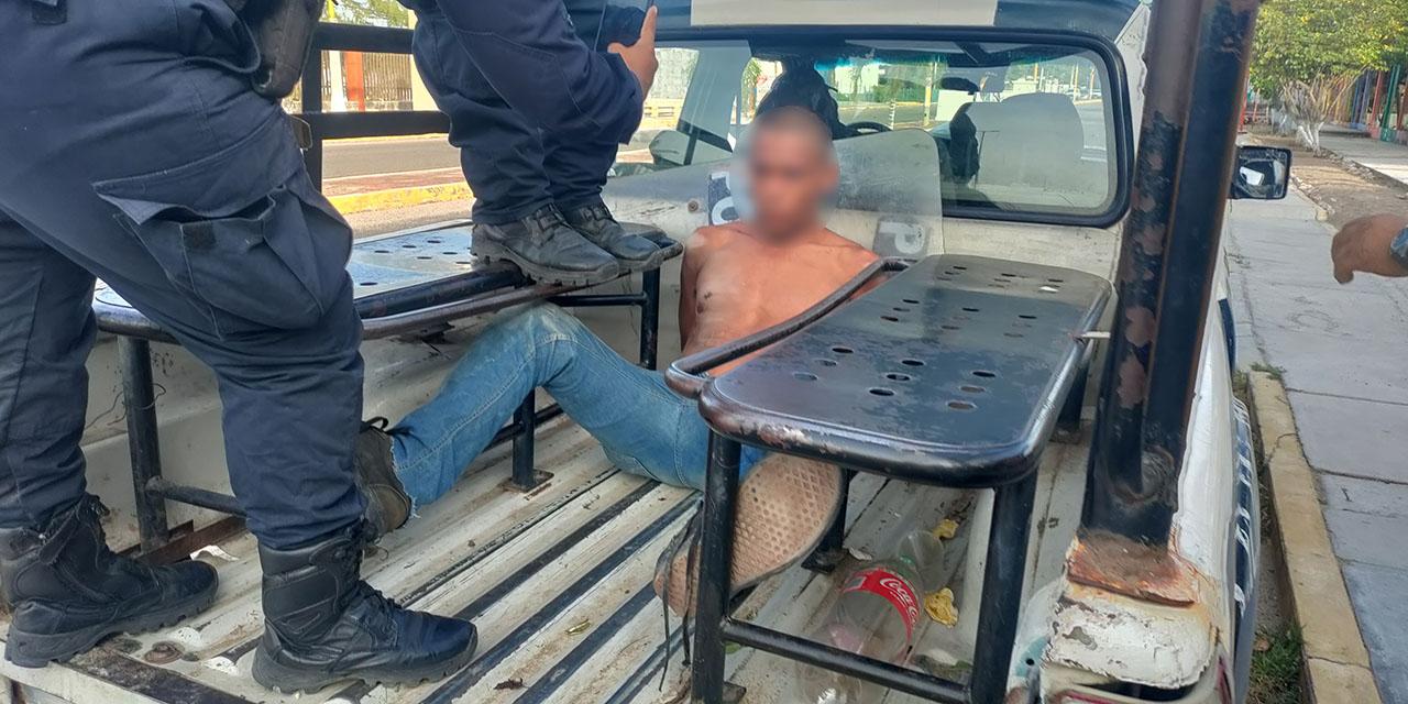 Rescatan a presunto ladrón de ser linchado en Ixtepec   El Imparcial de Oaxaca