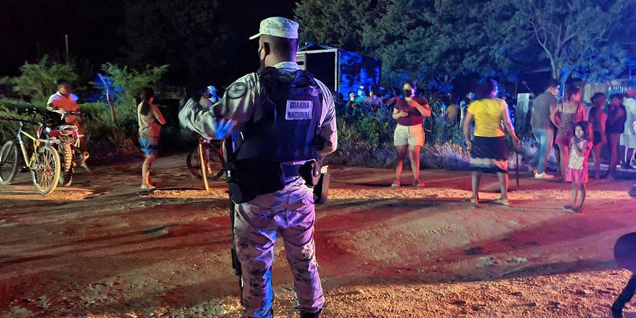 Por poco linchan a dos hermanos ladrones en Tehuantepec; llega su mamá a rescatarlos   El Imparcial de Oaxaca