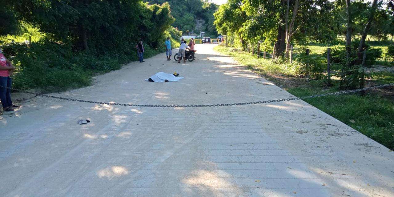 Motociclista se mata al chocar con una cadena en la Costa | El Imparcial de Oaxaca