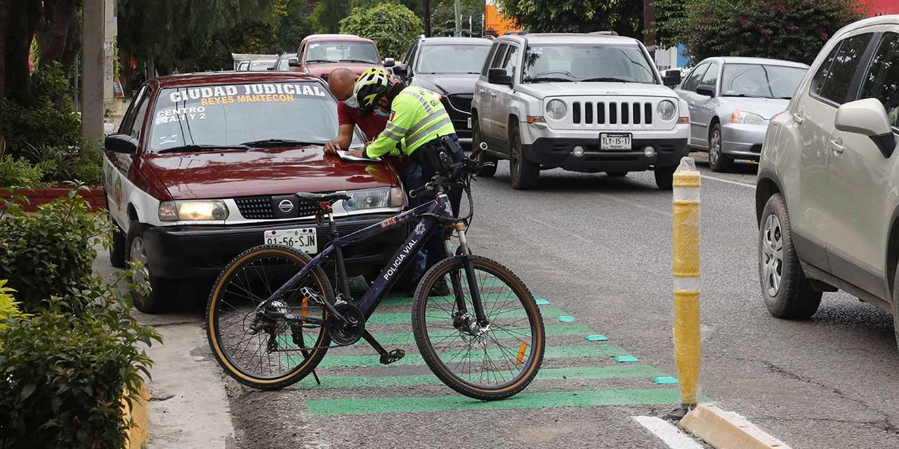 Automovilistas, inconformes con ciclovía; recurrentes invasiones | El Imparcial de Oaxaca