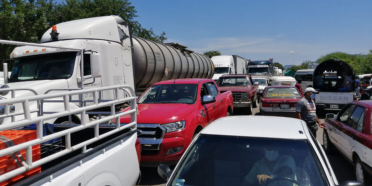 Constantes bloqueos afectan a transportistas del Istmo | El Imparcial de Oaxaca