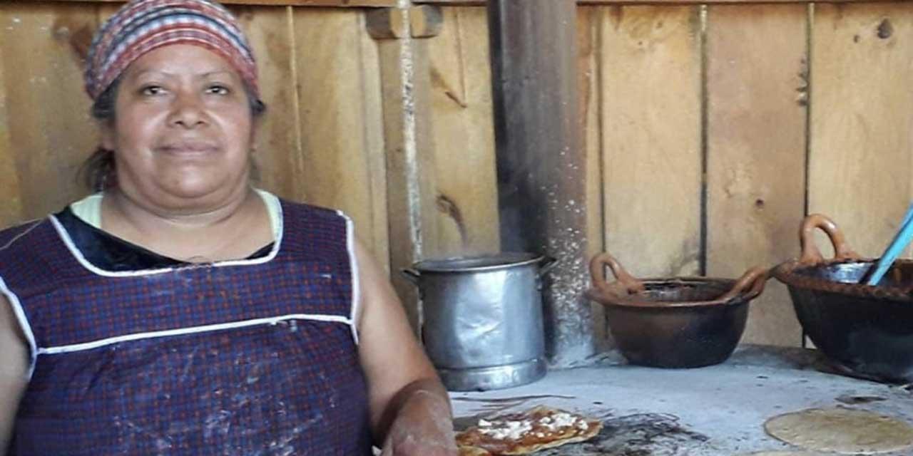 Complicada la labor de las palmeadoras | El Imparcial de Oaxaca