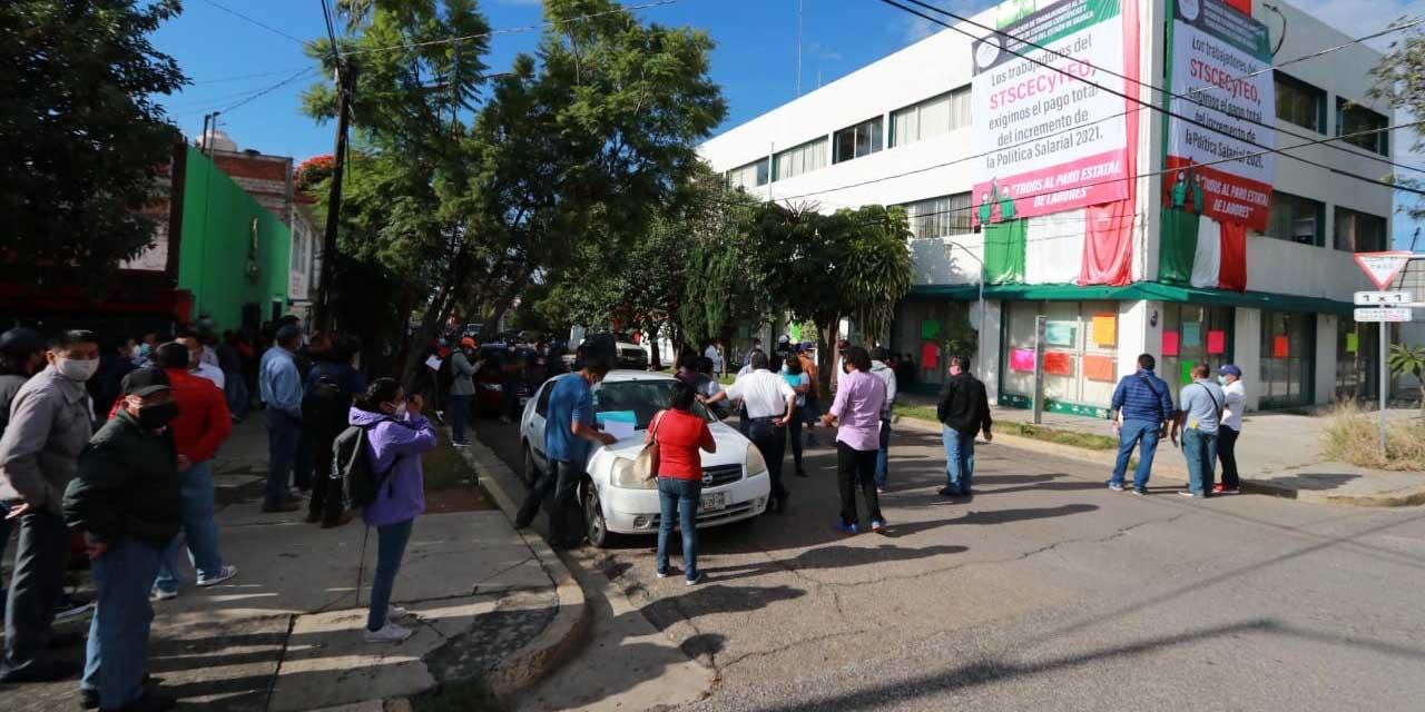 Sindicatos de educación media esperan aumentos y bonos   El Imparcial de Oaxaca