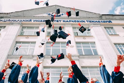 ¿Recién graduado en busca de empleo? | El Imparcial de Oaxaca