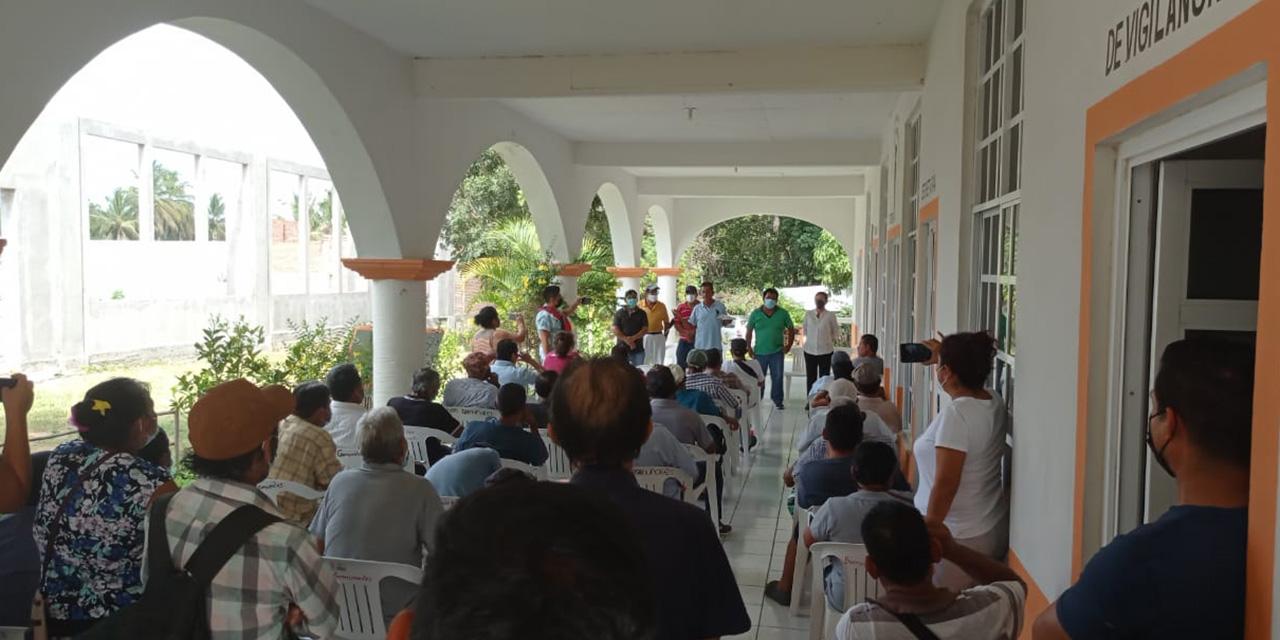 Representantes internos respaldan a órgano comunal en Pochutla   El Imparcial de Oaxaca