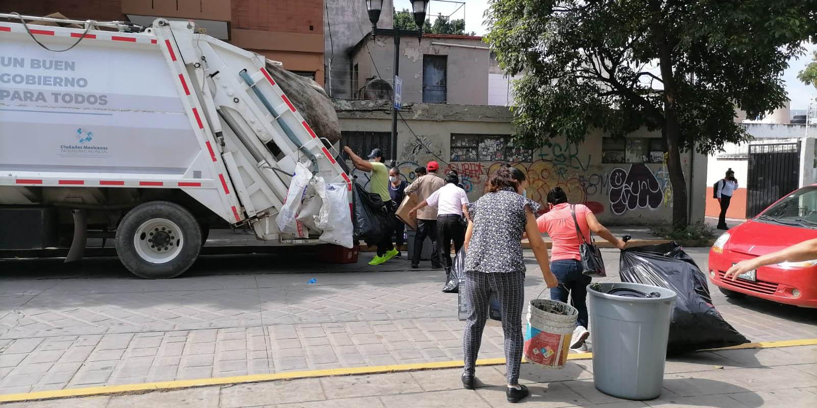 Empleados de limpia suspenderán recolección de basura en la capital   El Imparcial de Oaxaca