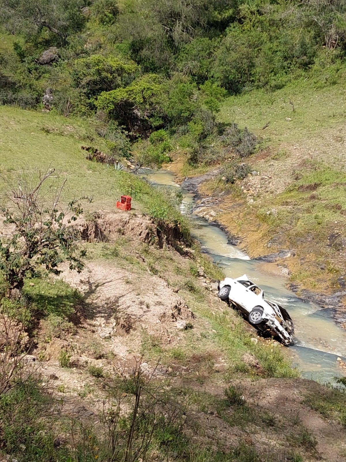 Mantienen búsqueda de dos personas arrastradas por el Río Verde en San Juan Mixtepec