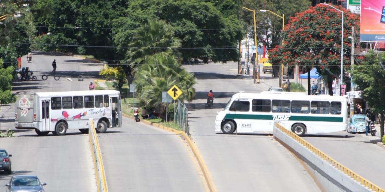 Por bloqueos solo 45% de rutas de transporte operan en la capital   El Imparcial de Oaxaca