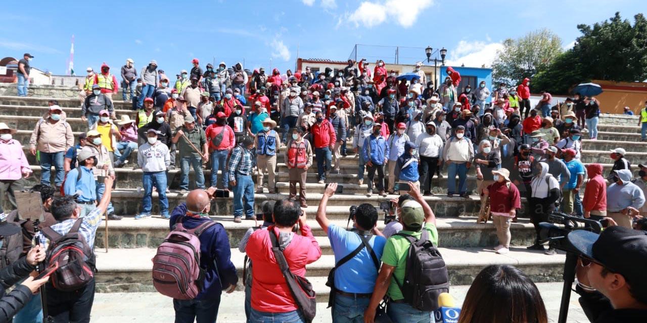Sindicato 3 de Marzo marcha previo a definición de acuerdos | El Imparcial de Oaxaca