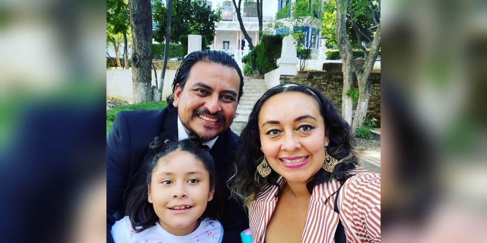 Recibe Argel Ríos título de maestría | El Imparcial de Oaxaca