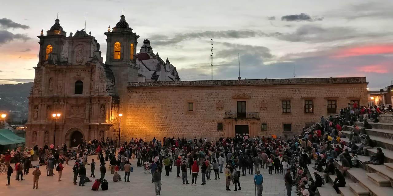 Después de un día de análisis, Sindicato 3 de Marzo sigue sin definir acuerdo   El Imparcial de Oaxaca