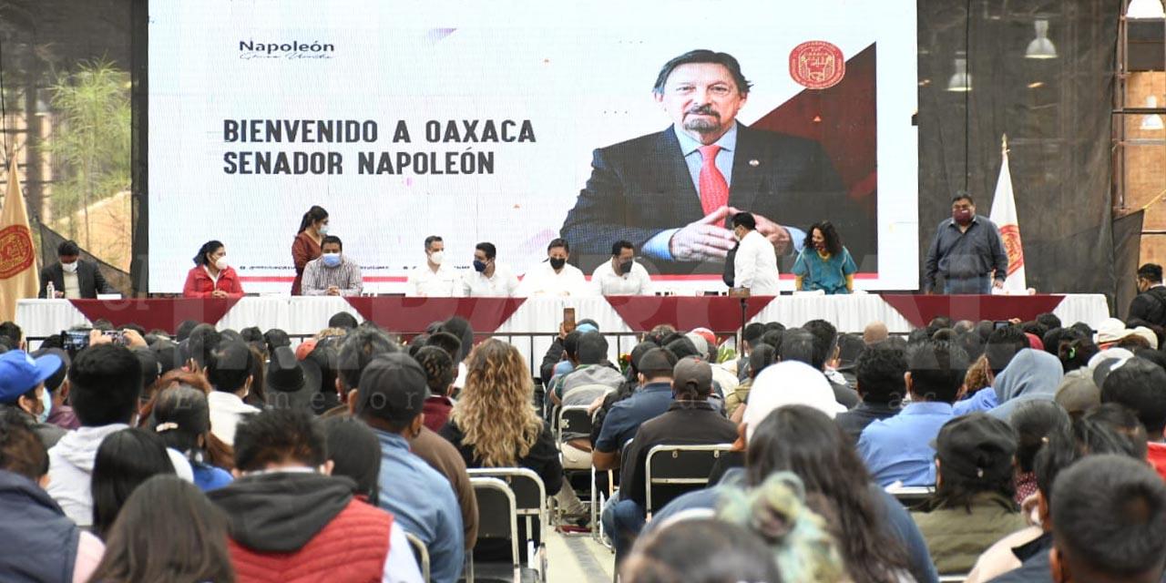 Napoleón Gómez Urrutia habla de democratizar el sindicalismo