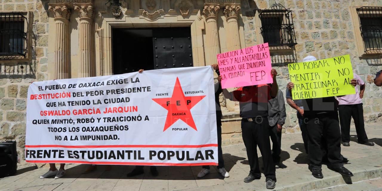 Frente Estudiantil Popular exige destitución de Oswaldo García Jarquín   El Imparcial de Oaxaca