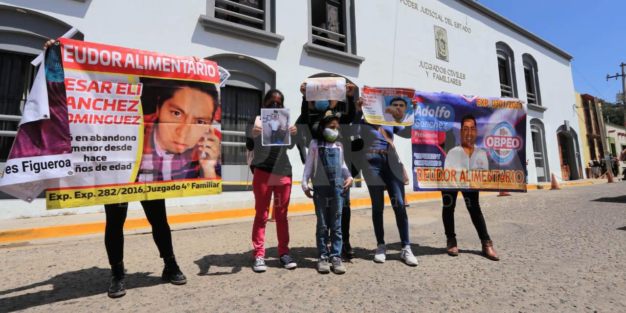 Quinto tendedero de deudores alimentarios exhibe a políticos y funcionarios   El Imparcial de Oaxaca