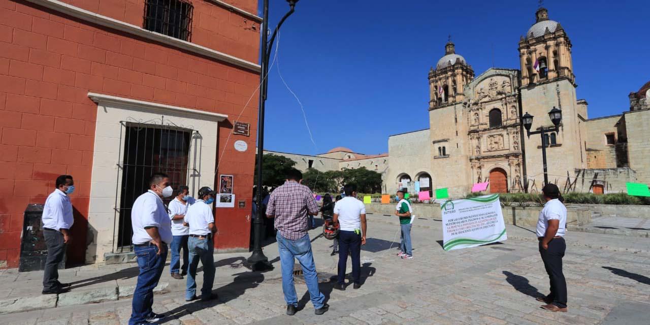 Protesta SUTIEBO en Santo Domingo y amaga en estallar huelga | El Imparcial de Oaxaca