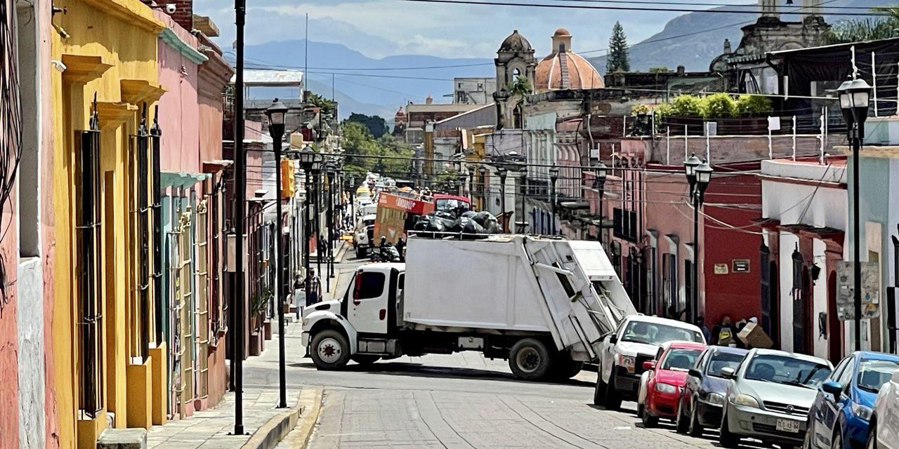 Dan ultimátum a edil de Oaxaca de Juárez hasta las 12: Trabajadores de limpia | El Imparcial de Oaxaca