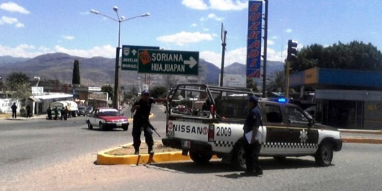 Se estampa con una camioneta | El Imparcial de Oaxaca