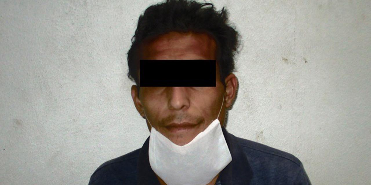 Someten a presunto ladrón de una bolsa en Jardín Conzatti | El Imparcial de Oaxaca