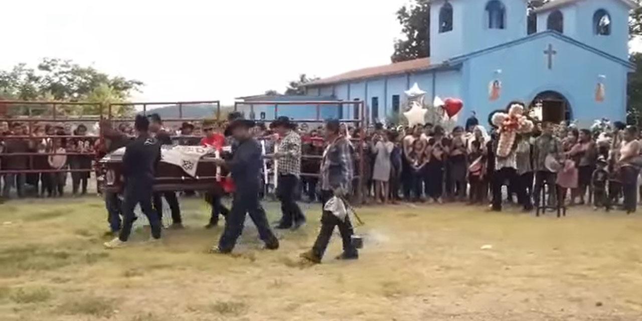 Dan último adiós a El Charri de Sola de Vega   El Imparcial de Oaxaca