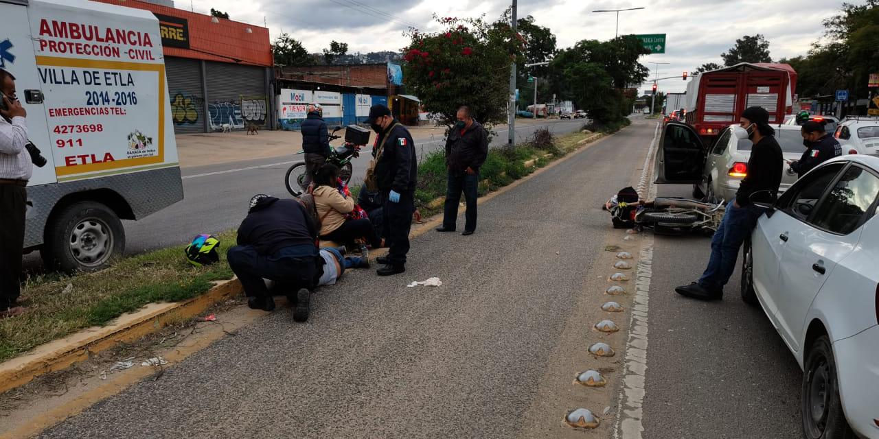 Motociclista embiste brutalmente a transeúnte   El Imparcial de Oaxaca
