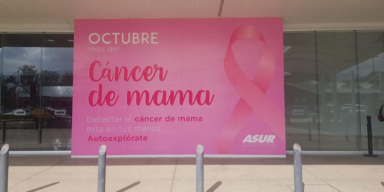 Octubre rosa se hace presente en el Aeropuerto Internacional de Oaxaca