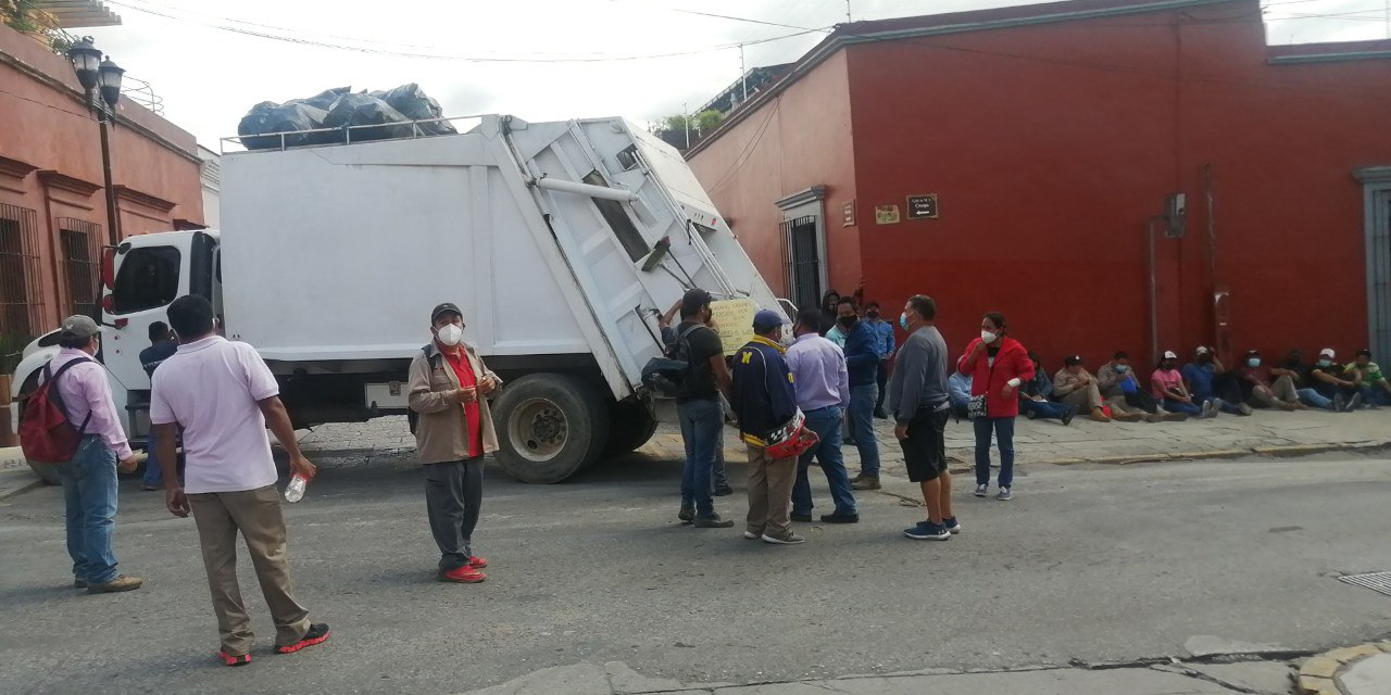 Trabajadores de limpia bloquearán este martes varios puntos de la ciudad de Oaxaca   El Imparcial de Oaxaca