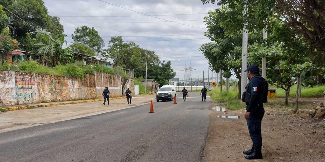 Dan susto a policías en San Miguel Soyaltepec   El Imparcial de Oaxaca