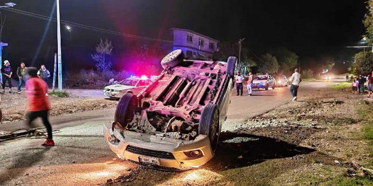 Se salvan de milagro en accidente en carretera Huajuapan-Tehuacan   El Imparcial de Oaxaca