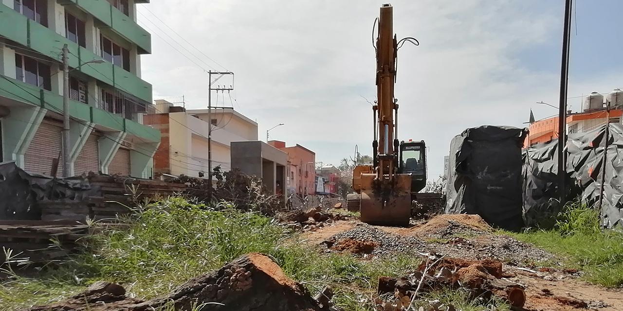 Activistas clausuran obras del City Bus   El Imparcial de Oaxaca